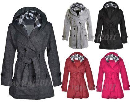 Abrigo con capucha y cinturón 17.17 € (gastos de envío incluidos) AGOTADO